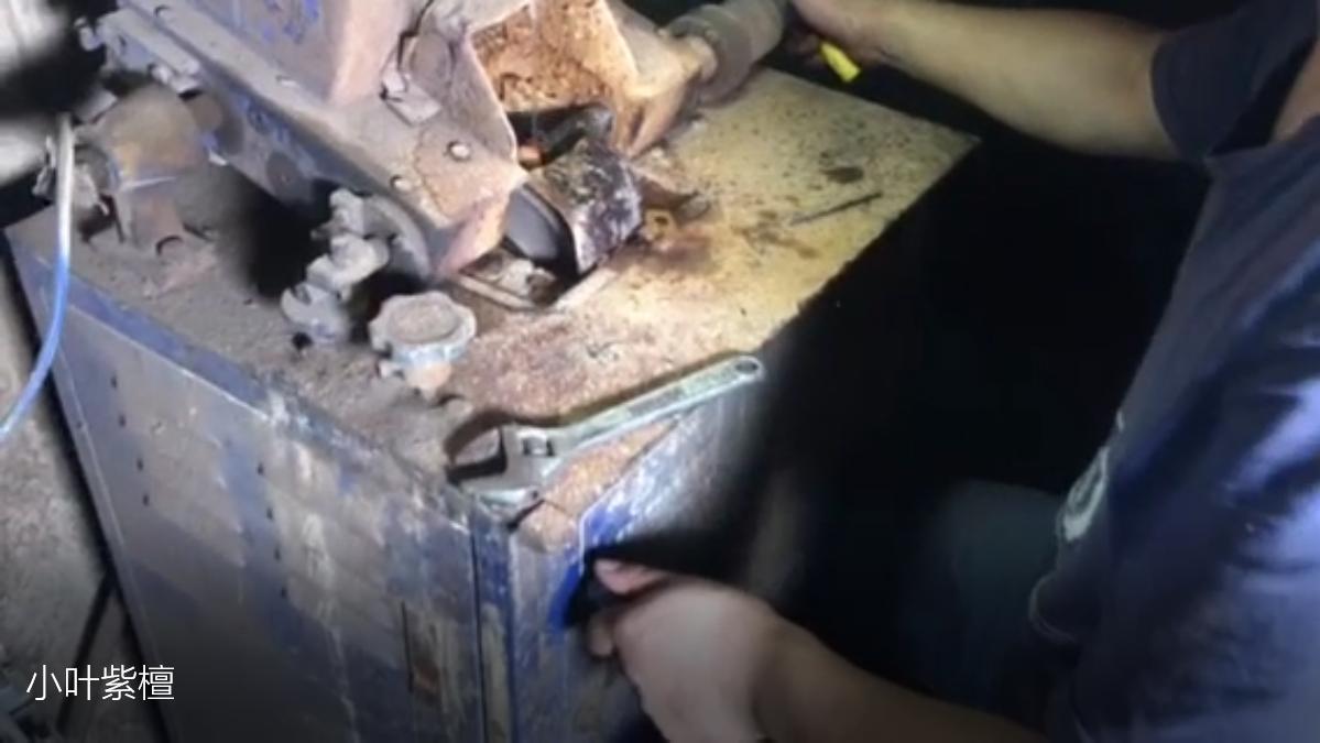 小叶紫檀佛珠手串加工全过程之从开料到水磨车珠子